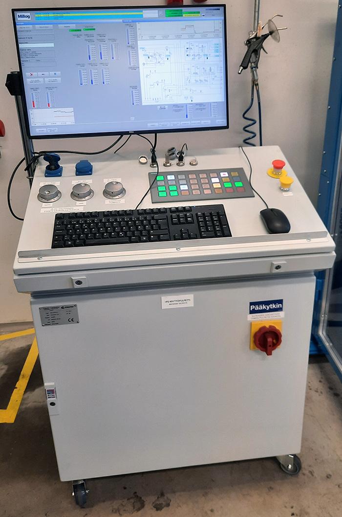 Testipenkin ohjausjärjestelmä ja käyttöliittymä ovat myös Comatec Automationin toteuttamia.